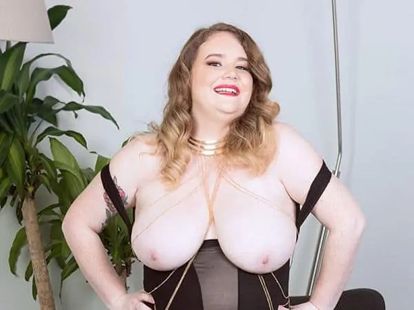 BBW Cosmia young porn fat girl