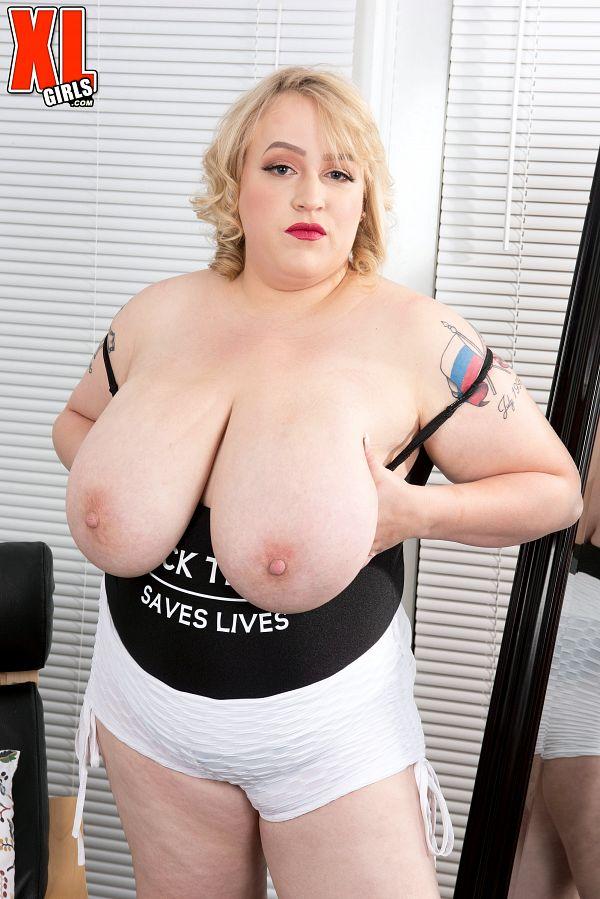 Blonde MILF BBW Oxana Minsk big natural boobs images