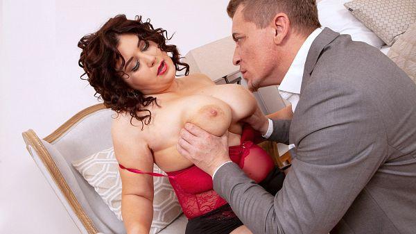 BBW Laura Titaphia porn sex scene big boobs XXX