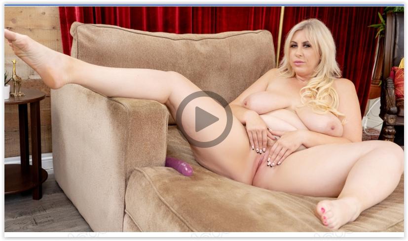 BBW Lila Lovely mature masturbation XXX
