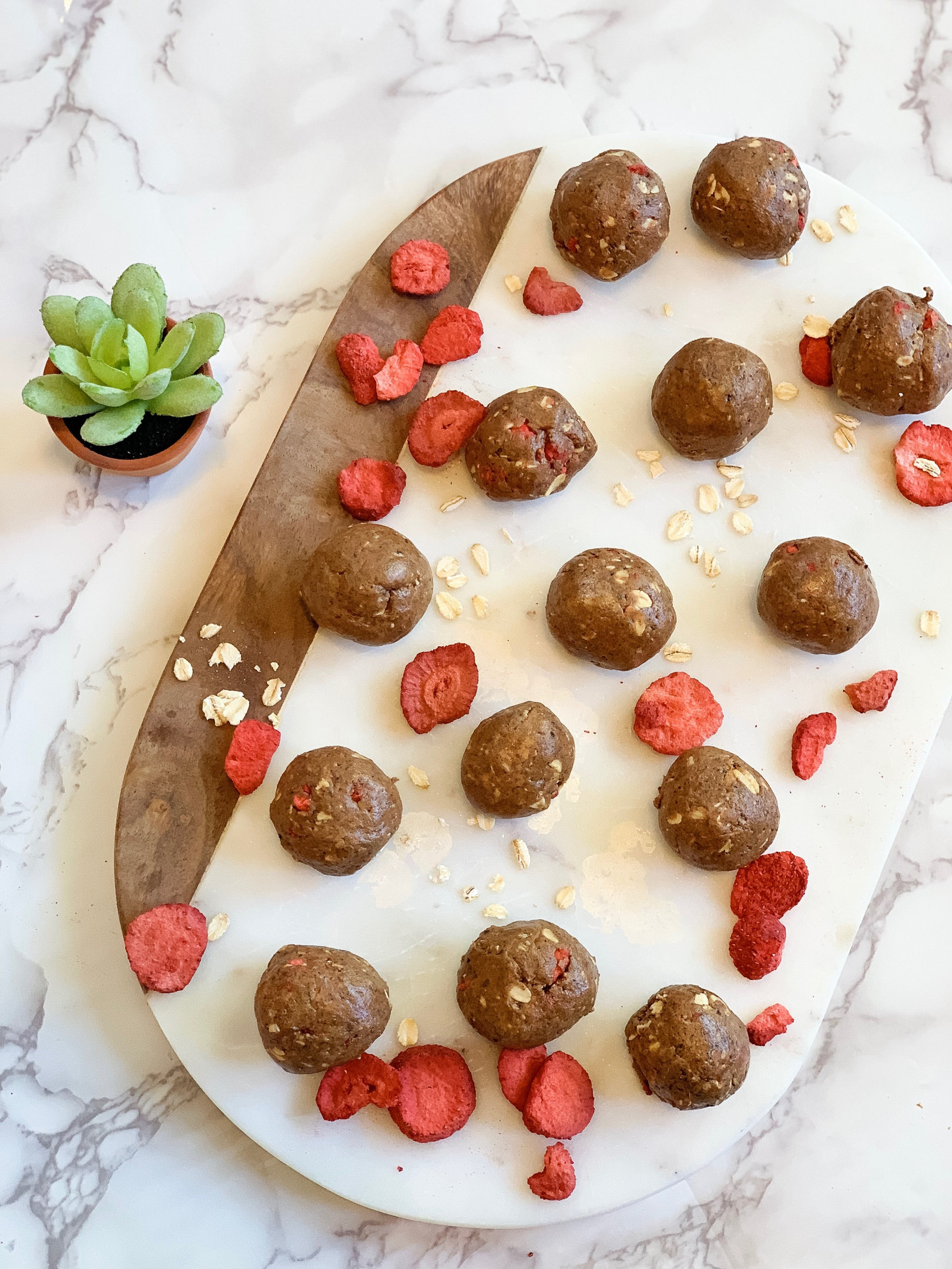 Chocolate Strawberry Energy Bites