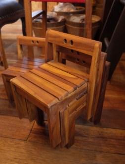 園児の椅子 (3)
