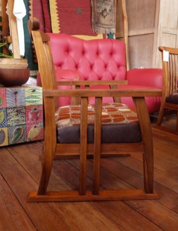 座面高36㎝のちょっと低めの椅子。