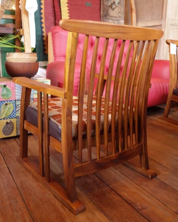 格子がきれいなえんがわ椅子。
