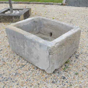bac en pierre auge ancienne