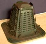 Pyramid shaped toaster