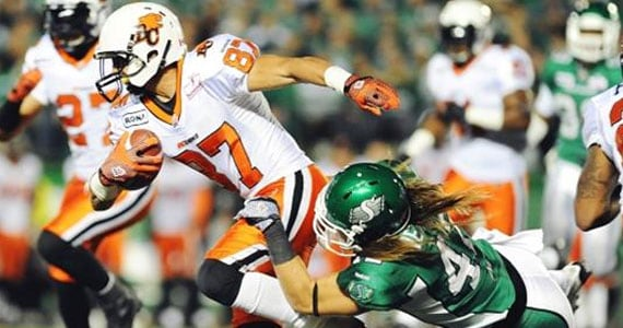Marco Iannuzzi in action versus Saskatchewan. Photo: STRINGER, REUTERS