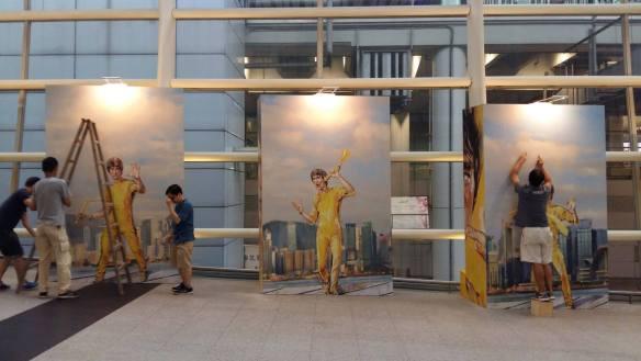 hk airport bruce lee 1