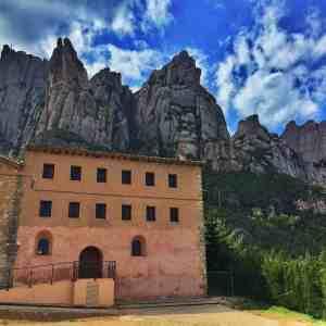 Montserrat and Santa Cecilia Tour