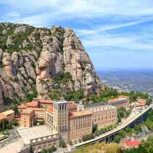 Montserrat & Cava Small Group Tour