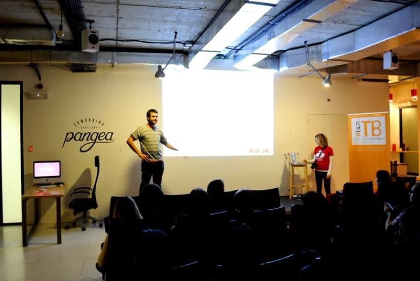 Jonay Pelluz y Rachel Papernik, presentadores del workshop de SEO #bcnTBseo