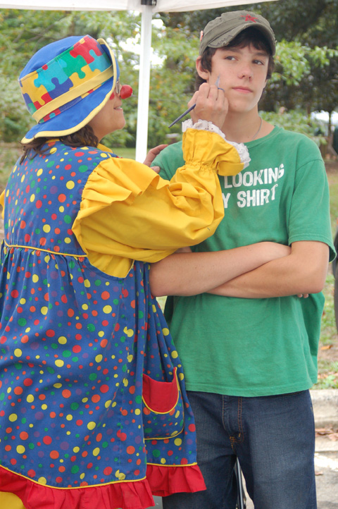 LAST SATURDAY, it was a little grey and overcast, but that did not deter one of the best turnouts in years at the annual Falls Church Recreation Department Fall Festival. Clowns and politicians were in abundance, along with creative crafters, food vendors and, of course, tons of people. (News-Press photos)