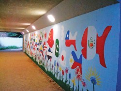 826school_schoolfish.jpg