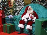 Entertainment-Guide-Santa2