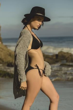 Lacey Rogers, Fashion Photographer Greensboro, NC,  North Carolina, Beach Shoot, Malibu, CA, AMTM22, Americas Next Top Model, Cycle 22