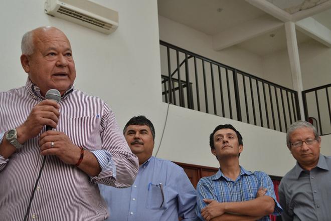 Victor Castro Morena 4
