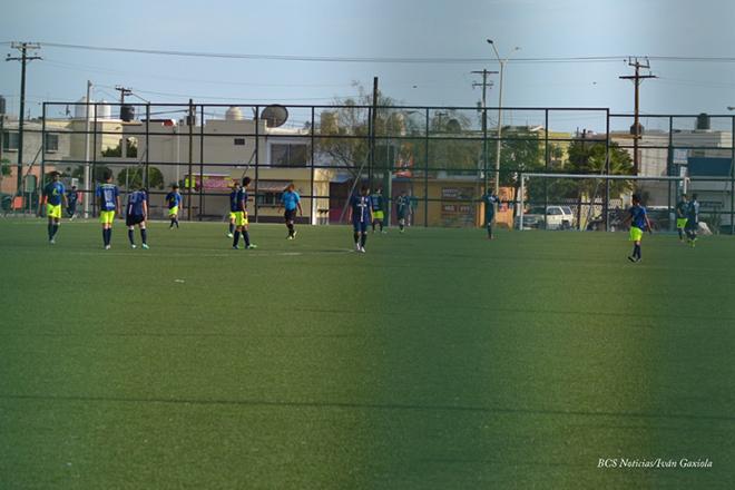 Guillermo Memo Hernandez Portero futbol deporte