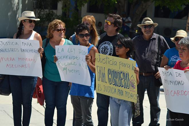 Manifestacion Frente Ciudadano en Defensa de la Vida y el Agua Los Cardones 1