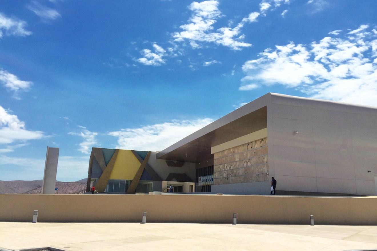 centro de convenciones la paz