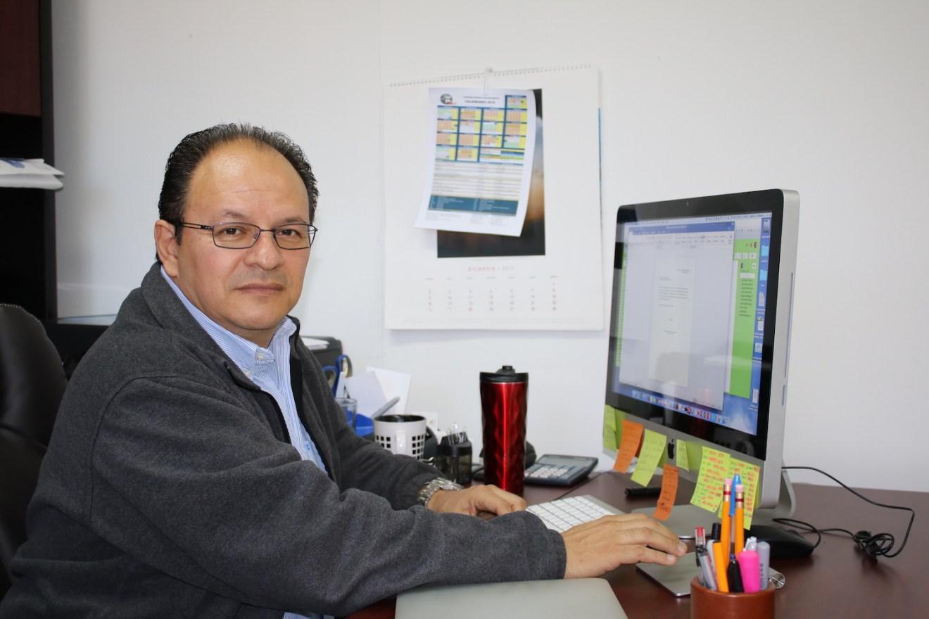 Doctor Alejandro Gómez Gallardo, profesor investigador del Departamento Académico de Biología Marina