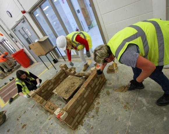 Hartlepool College for Further Education Hold Event to Promote Women in Construction