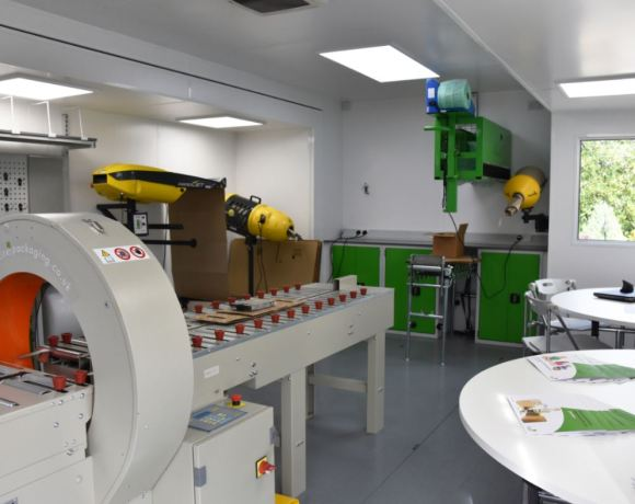 UK based company, Kite Packaging, has launched its sustainable future plastics initiative to reduce plastic levels with the unveiling of its new mobile packaging test facility and the release of their white paper.