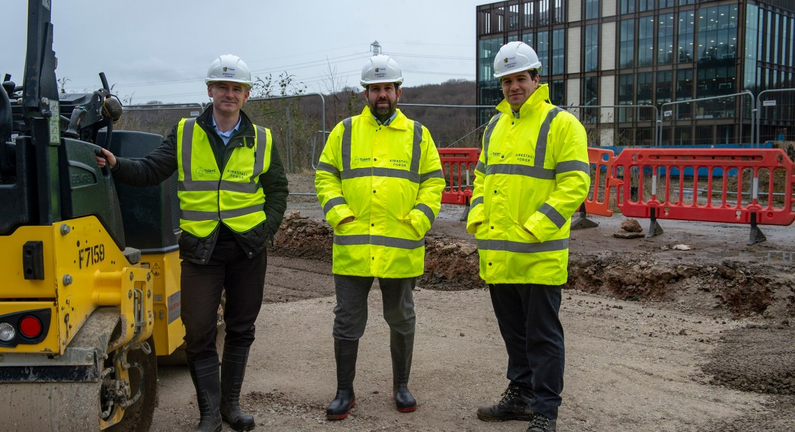 Tolent has announced its recent contract win at Kirkstall Forge, where the team will build the site's first residential phase, with the contract initially delivering the construction of two prototype houses.