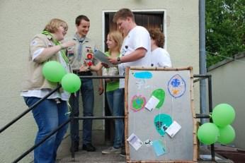 Abschlussgrillen_mit_Urkunden_an_Aktionsgruppen16062013_Wölti (18)