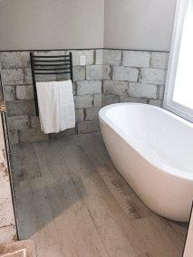 BDM_Remodeling_Atlanta_Distressed_Large_Subway-Bathroom-June2019-Master_0001_Layer 1