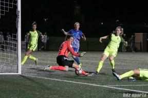 Reign FC's goalie Haley Kopmeyer #28 maves a save