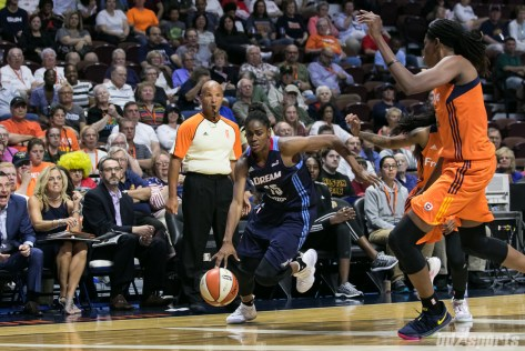 Atlanta Dream guard Tiffany Hayes (15) drives to the basket.