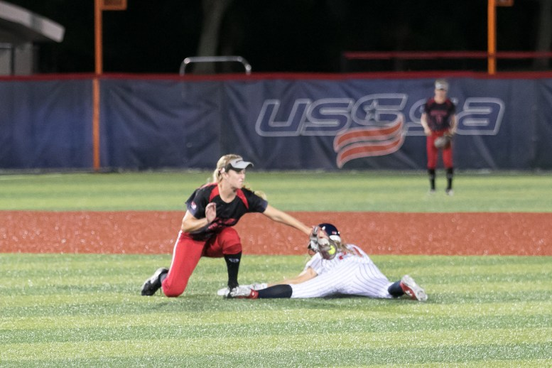 USSSA Pride outfielder Kirsti Merritt (24) steals second base.