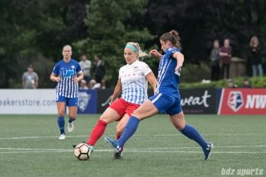 Chicago Red Stars defender Julie Ertz (8) passes the ball.