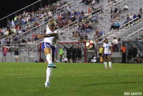 Boston Breakers midfielder Rosie White (10) rips a volley