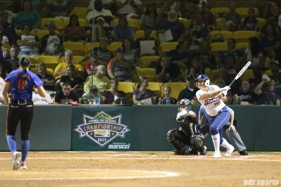 USSSA Pride infielder Lauren Chamberlain (44) at bat