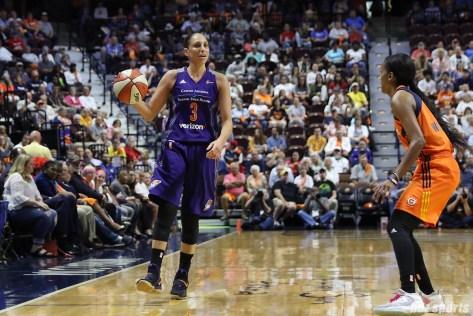 Phoenix Mercury guard Diana Taurasi (3) controls the ball for the Mercury