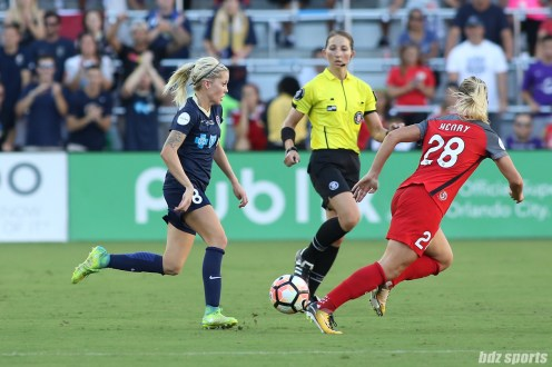 North Carolina Courage midfielder Denise O'Sullivan (8) controls the ball for the Courage in midfield