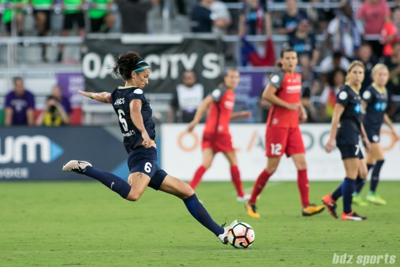 North Carolina Courage defender Abby Erceg (6) sends in a long ball