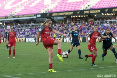 Portland Thorns FC midfielder Lindsey Horan (7) volleys the ball to score what would be the game's only goal as the Thorns defeated the Courage 1 - 0 in the 2017 NWSL Championship game