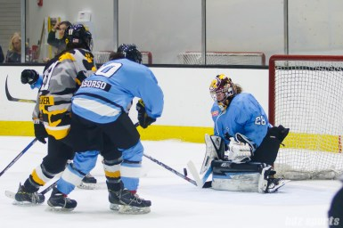 Buffalo Beauts goalie Amanda Leveille (28) makes the stop for the Beauts