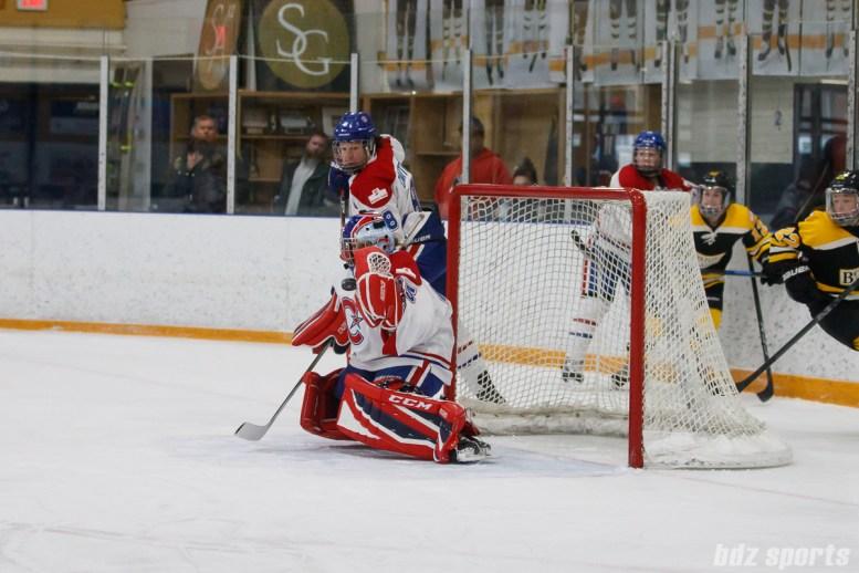 Montreal Les Canadiennes goalie Marie-Soleil Deschenes (35)