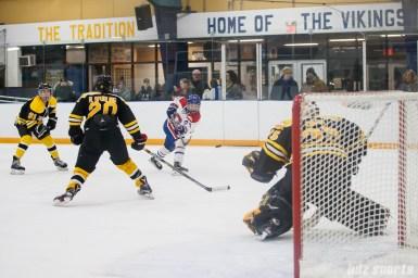 Montreal Les Canadiennes forward Ann-Sophie Bettez (24) takes a shot on goal