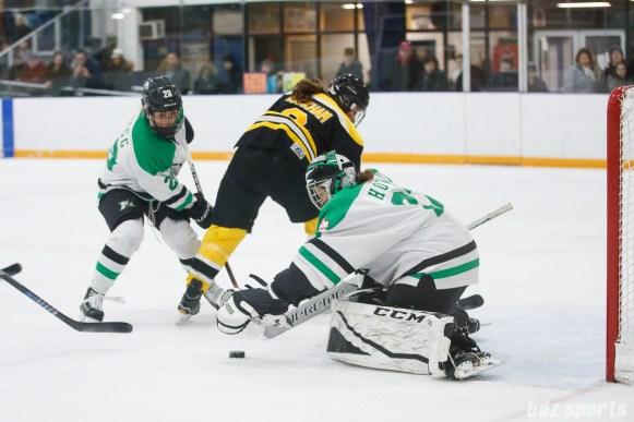 Markham Thunder goalie Erica Howe (27)