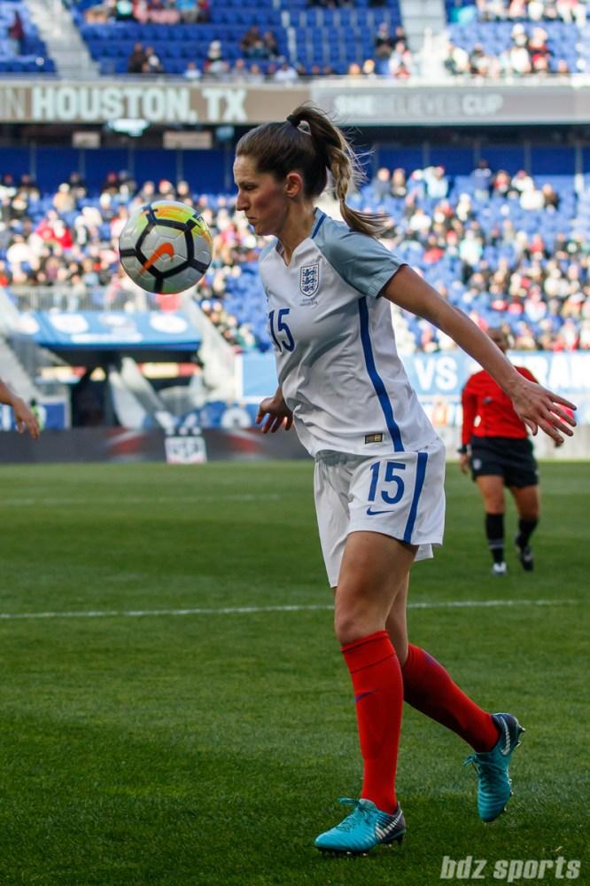Team England defender Abby McManus (15)