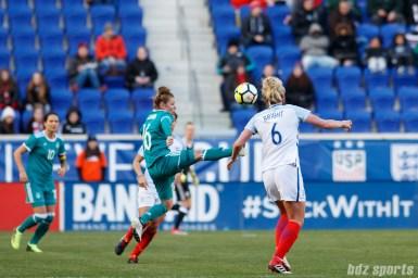Team Germany midfielder Linda Dallmann (16) gets a foot on the ball