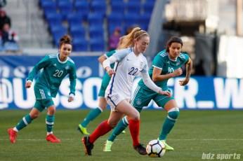 Team England midfielder Keira Walsh (22)