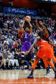 Los Angeles Sparks guard Alana Beard (0)