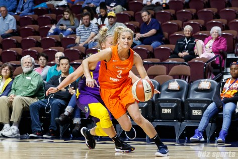 Connecticut Sun guard Tyra Buss (3)