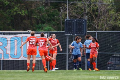 Houston Dash defender Lindsay Agnew (20) and teammates celebrate Agnew's goal