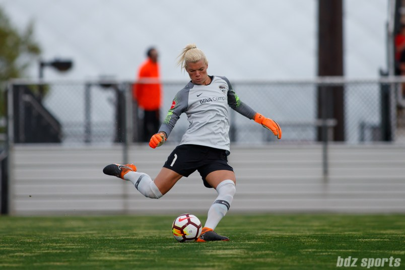 Houston Dash goalie Jane Campbell (1)